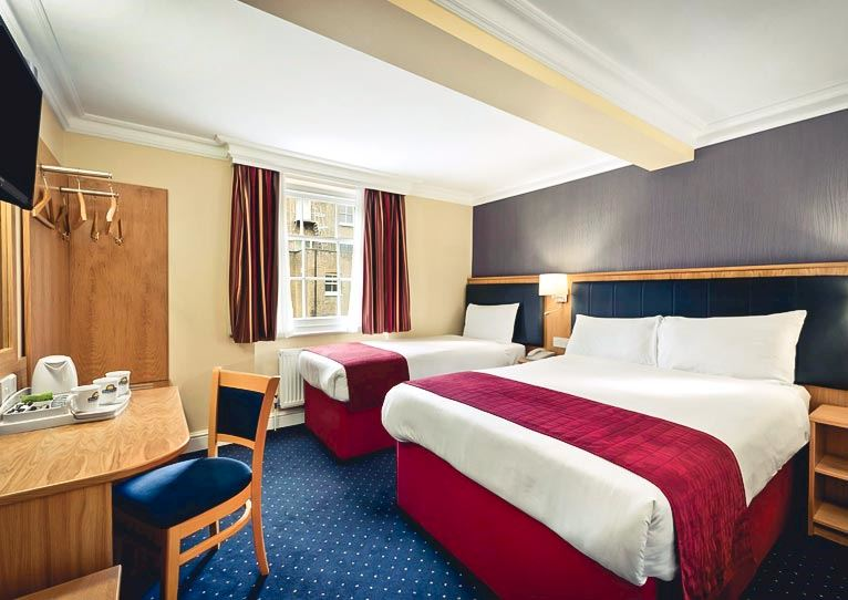 Standard Triple - 1 Double Bed & 1 Single Bed at Days Inn London Hyde Park Paddington London